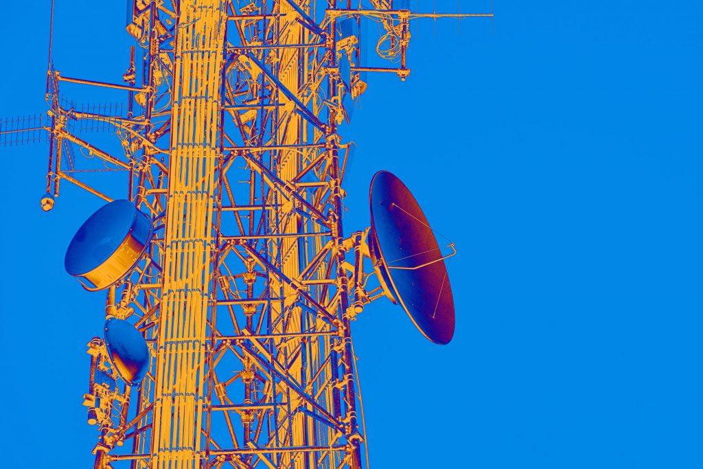 Attacks on UK Phone Masts Continue, Smombie Gate | 5G | EMF