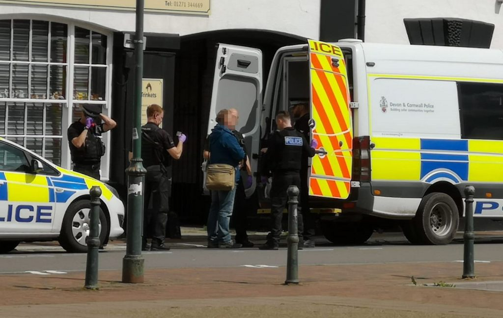 Devon 5G protest becomes heated as police called to disperse campaigners, Smombie Gate   5G   EMF